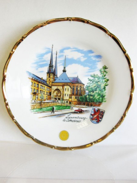 Teller Luxembourg mit Goldrand Motiv Cathedrale 19/Barock-R.