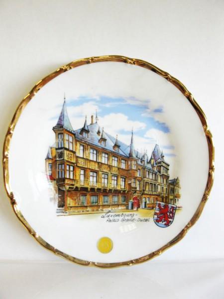 Teller Luxemburg mit Goldrand mit Motiv Palais 19/Barock-R.